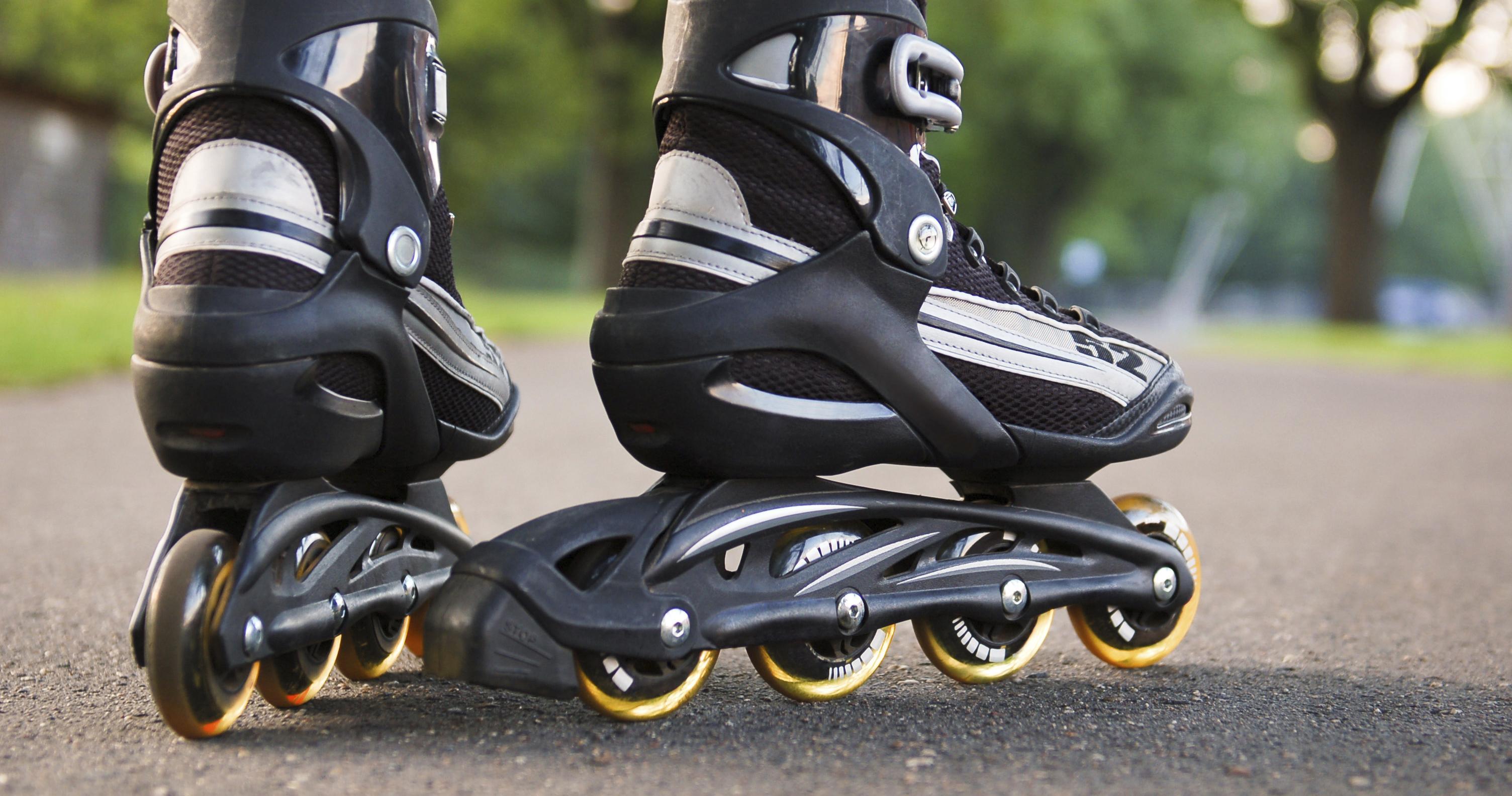 inline-skater-skating-19to1